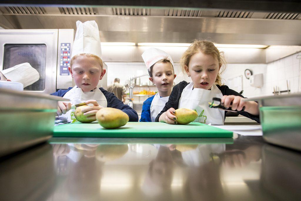 Smaaklessen voor Drentse scholen
